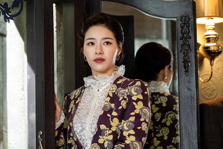 [FN ENT] 190517_박하나_이몽_고혹적인 자태 첫 등장 비하인드컷 공개 2